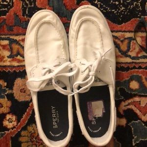 White sperry boat shoes!